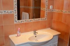 Main Shower Room 3